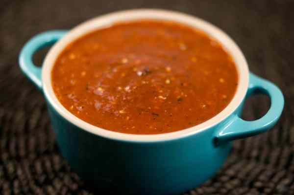 smoky chipotle salsa with pan-roasted tomatillos | Pixelated Crumb